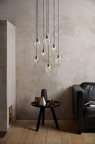 hanglamp/unika_group-with-sofa-med-res_h-933x1400_1498119646.jpg